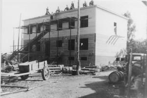 Paulan liiketaloa Tuimalassa rakennetaan.