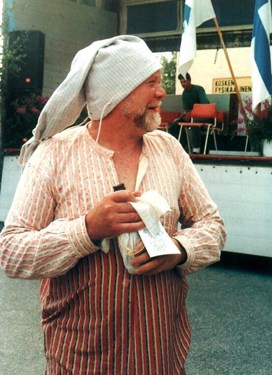 Ensimmäisen unikeon tittelin sai v. 1996 silloinen kunnanhallituksen ja Koskelaisseuran pitkäaikainen puheenjohtaja, kulttuurin vaalija Matti Mikkola.